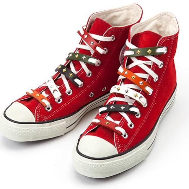 ☆スニーカー☆カスタム☆・・・☆1個でも何個でも、色もお好みで簡単にカスタム出来ます☆・・・・・☆バッグや衣服などの私物にスタッズカスタム等もオーダー出来ます☆・☆お気軽にお問い合わせください☆・・・☆そちらもSALE対象ですよ☆・#original #leather #accessories #wristeand #dogcollar #belt #dogleash #necklace #keyholder #dogtag #studs #spangle #handmade #kagoshima #sneakers #converse #suede #fashion #dog #dogs #犬 #首輪 #リストバンド #ベルト #リード #ファッション #アクセサリー #スニーカー #コンバース #鹿児島